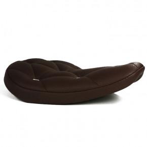 Brauner Solositz mit Nieten