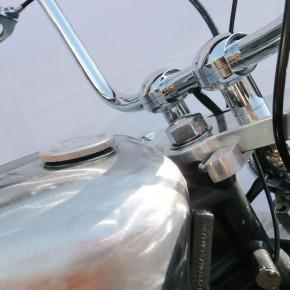 Aluminium smooth Style Tankdeckel für HD und Triumph